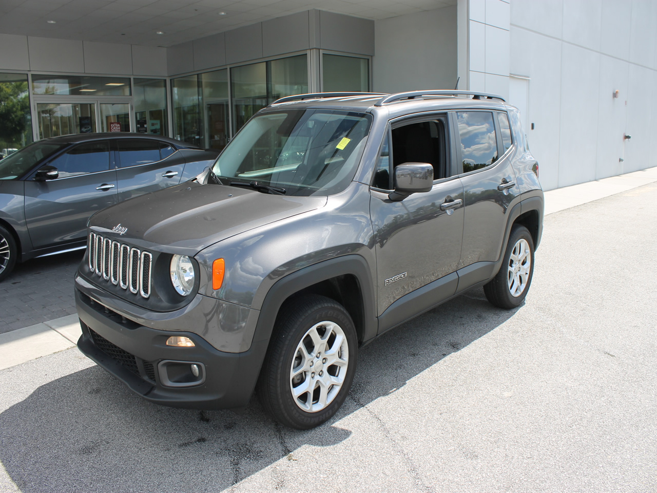 used 2016 jeep renegade latitude 4wd vin zaccjbbt8gpd99760 columbia sc 29223 dick smith. Black Bedroom Furniture Sets. Home Design Ideas